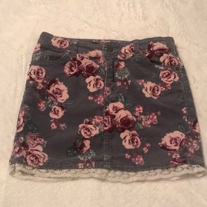 H&M Girls Floral Corduroy Skirt - Size 7/8